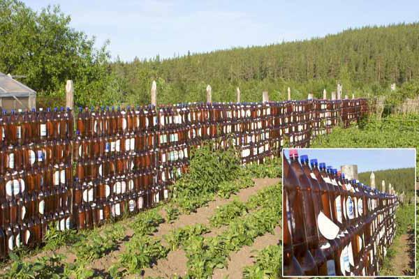 забор своими руками из подручных материалов фото