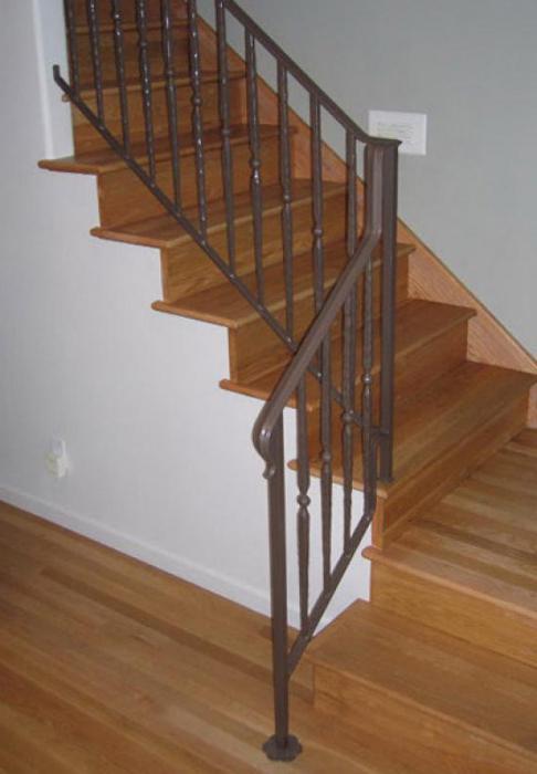 Сделать поручни для лестниц своими руками
