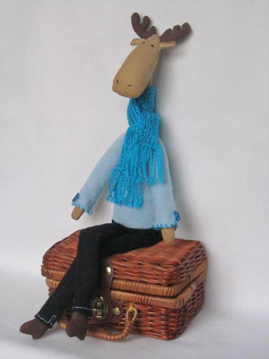 кукла тильда лось