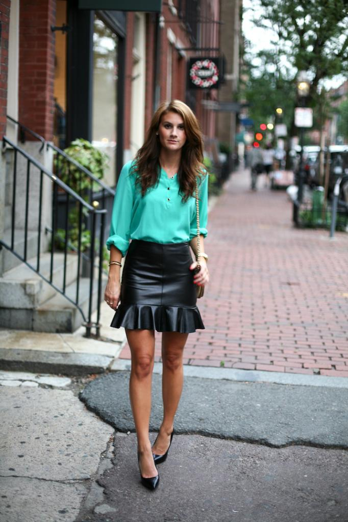 styles of leather skirts