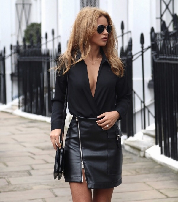 leather skirt with zipper