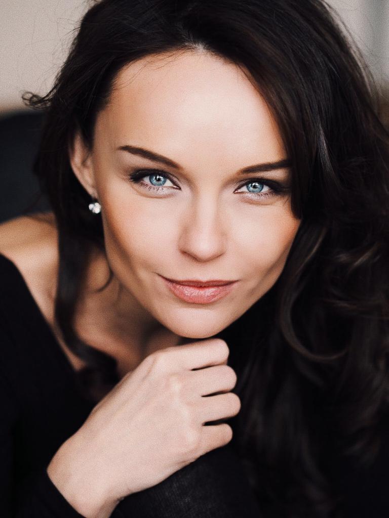 клетках русские актрисы фото юлия время