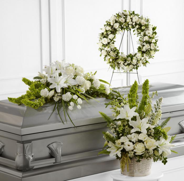 Какие цветы покупать на похороны мужчине