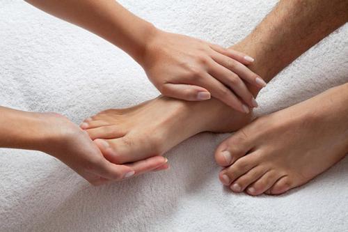покалывание в руках и ногах
