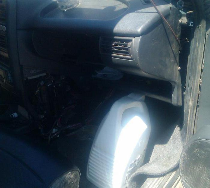 Замена радиатора печки ВАЗ 2115 без снятия панели фото