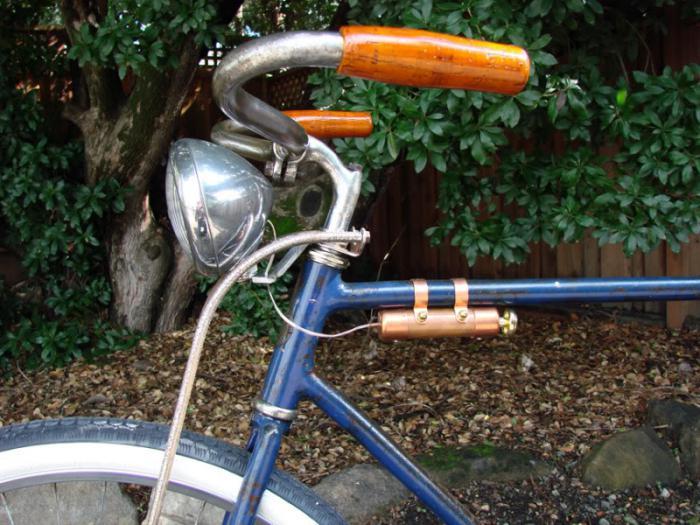 Как сделать фонарик на велосипед своими руками 91