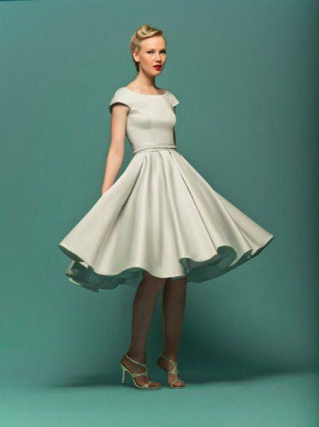 Пышное платье до колен фото
