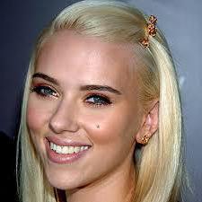 блондинки с черными бровями