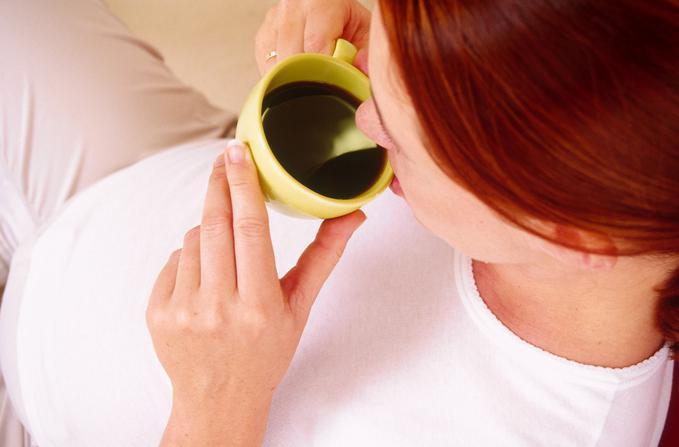 Почему беременным нельзя пить кофе? Чем вреден кофе для беременных