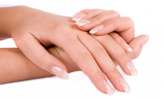 неровные ногти на руках причина
