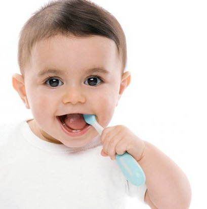прорезывание клыков у детей фото