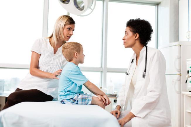 Псориаз на голове лечение, симптомы, причины, фото