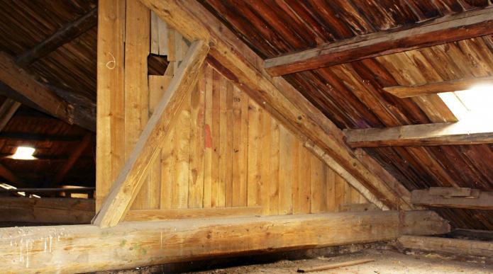 Как построить перегородку в деревянном доме