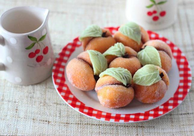 Выпечка персиков в