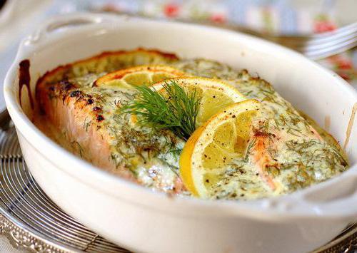 Горбуша в сливочном соусе: рецепты для духовки и мультиварки