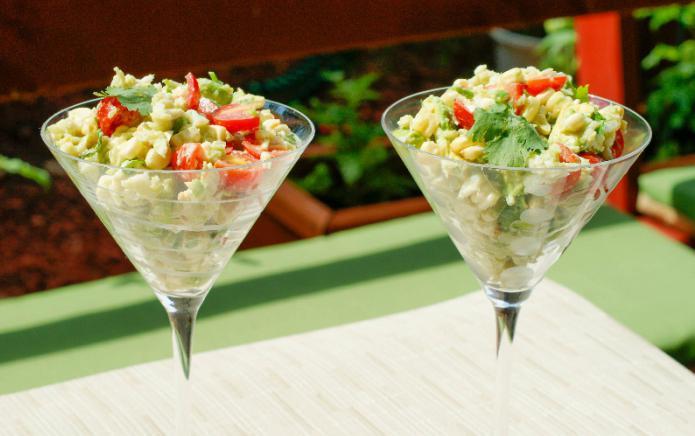 крабовый салат яркий полезный