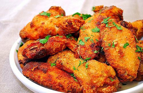 Крылышки куриные в соусе