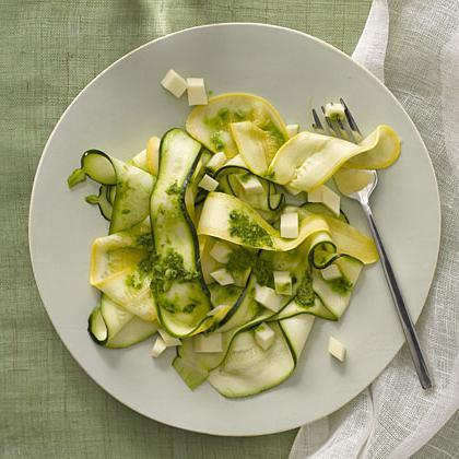 как приготовить салат из свежих кабачков