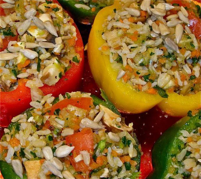перцы фаршированные морковью и рисом