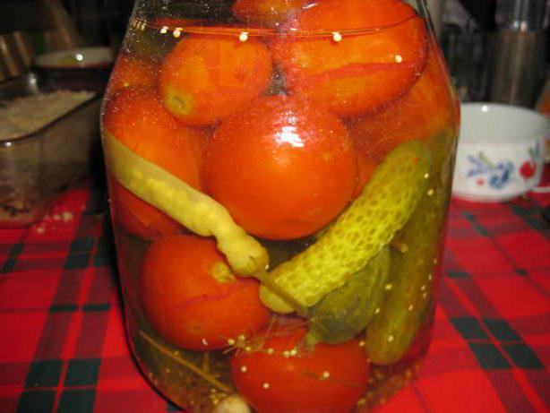 Засолка огурцов в банку на зиму рецепт