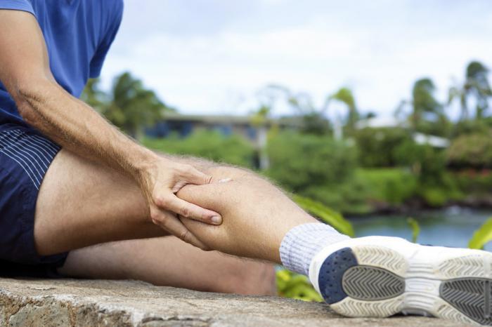 боль в суставах левой ноги