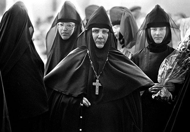 Секс ночью в женском монастыре