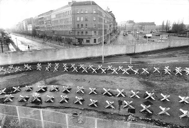 берлинская стена история создания и разрушения