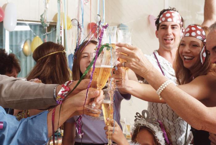 как весело провести новый год в кругу семьи