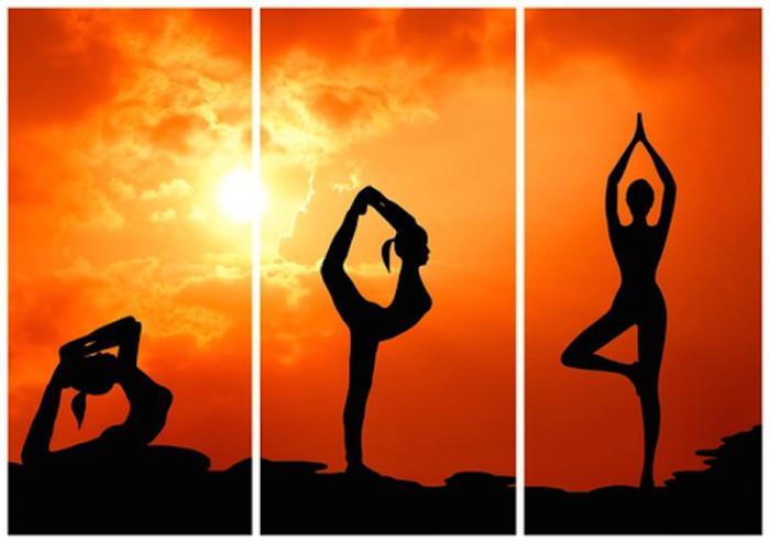 Йога в голом виде