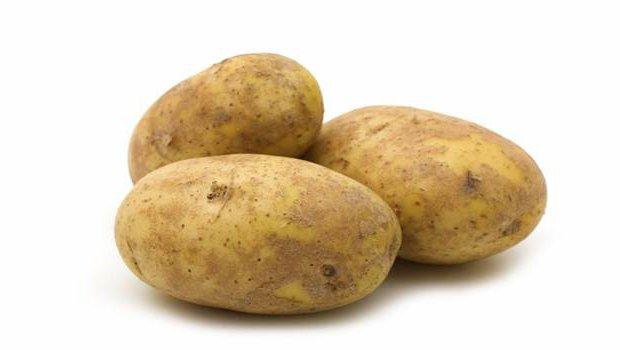 Как вырастить розы в картошке