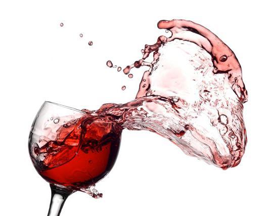Как отстирать вино красное? Эффективные способы решения проблемы