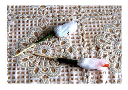 Английские розы из конфет и гофрированной бумаги
