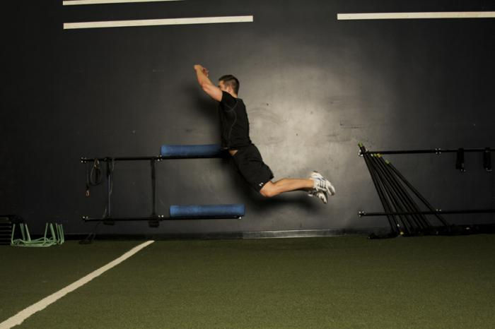 как делать прыжки с места