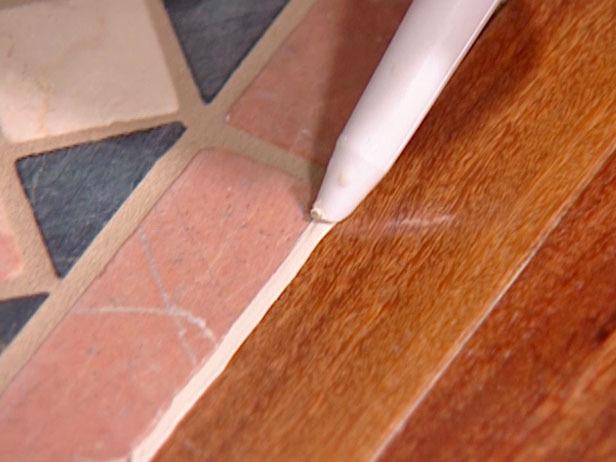 герметик для стыка плитки и паркета
