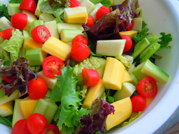 приготовление салатов из сырых овощей