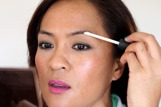 Как естественно накрасить брови
