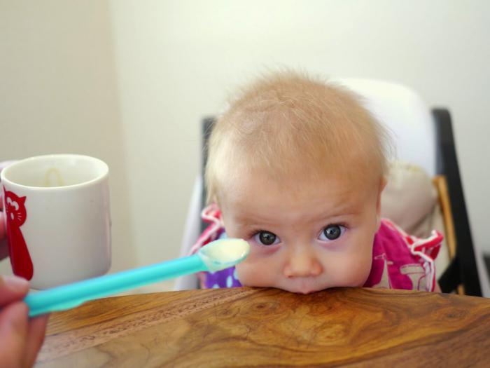 Ребенку 3 месяца когда начинать прикорм