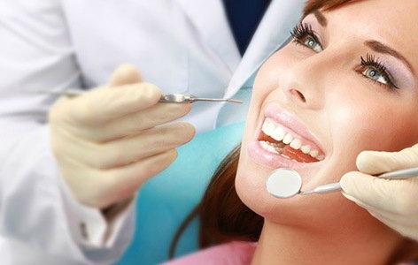 чистка камней на зубах ультразвуком