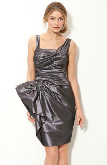 платье из мусорных пакетов фото