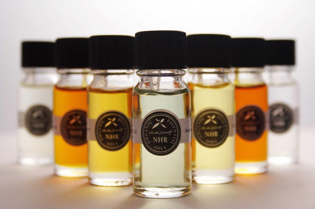 Эфирные масла от перхоти: обзор, особенности применения, отзывы