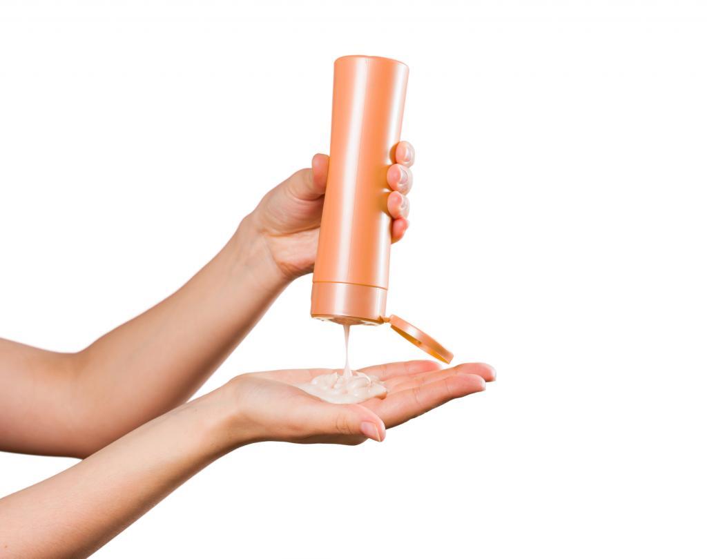 Дерматологические шампуни: обзор средств, особенности применения, эффективность