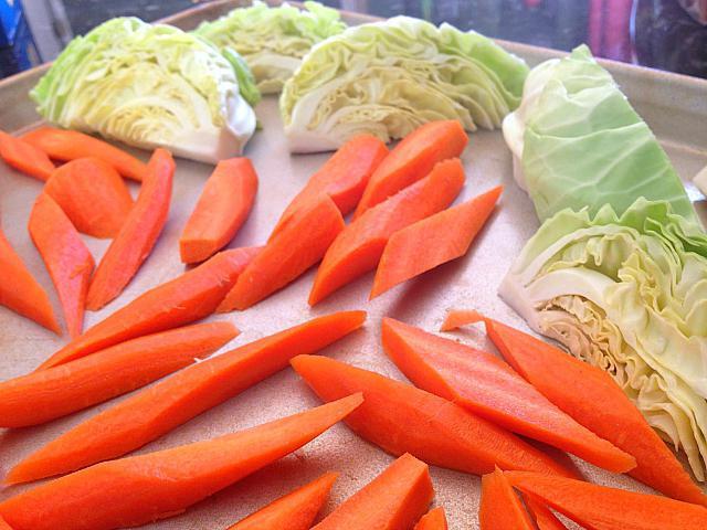 Салат из огурцов и капусты