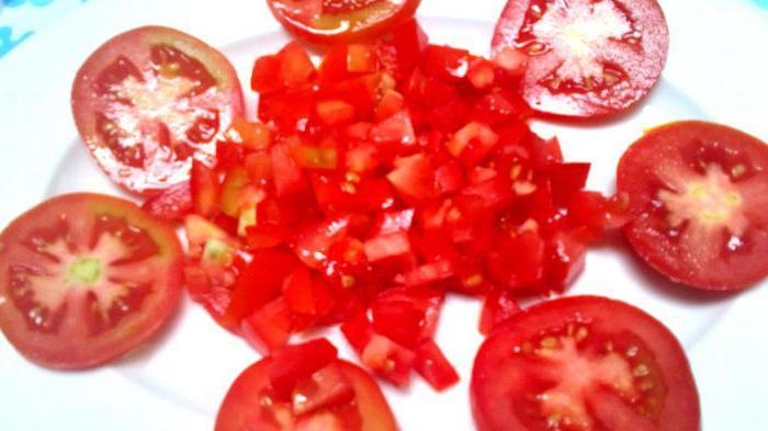 вкусный салат из красных помидор на зиму