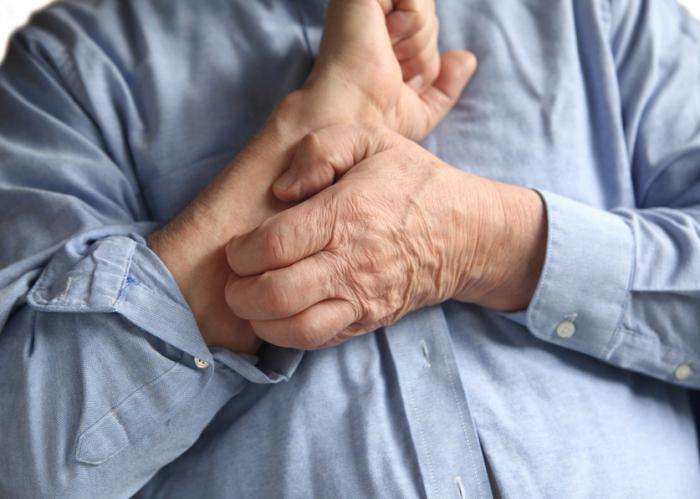 Причины старческого зуда кожи