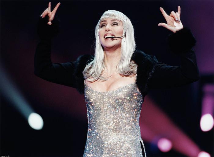 певица и актриса Шер