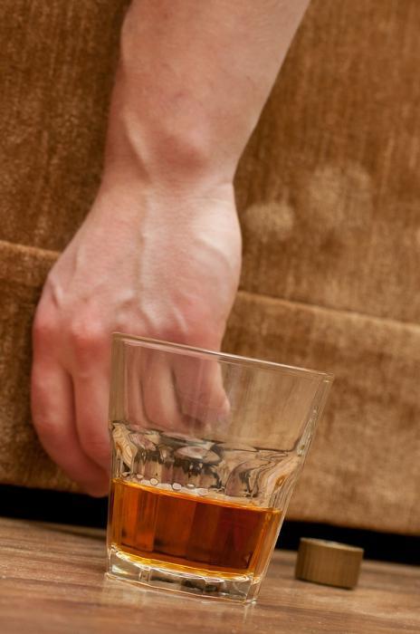 Алкоголизм немеют руки