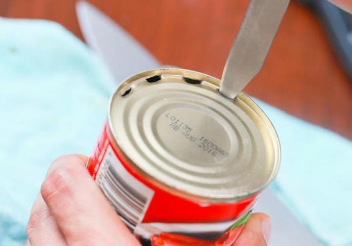 как открыть консервную банку без открывалки
