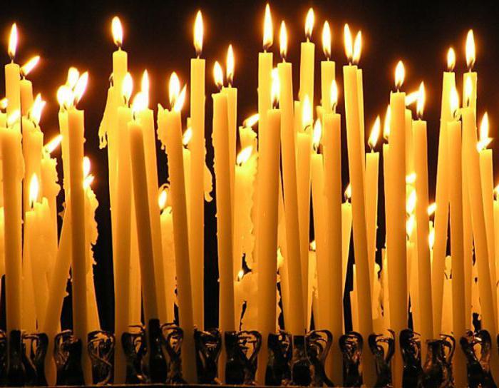 Видеть во сне свечи много