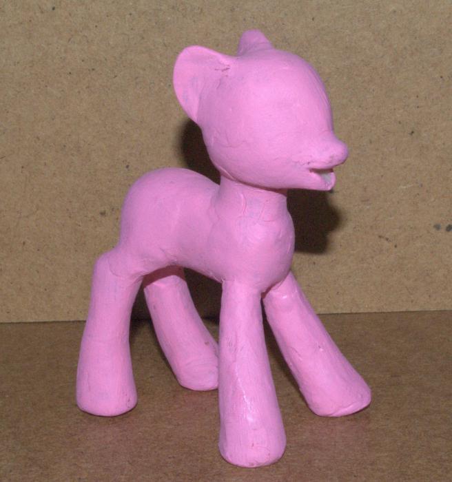 Как сделать из пластилина пони: пошаговая инструкция