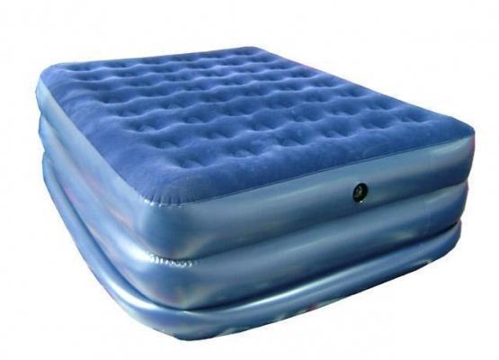 Кровать надувная со встроенным насосом